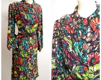 1930s Printed burgundy green black floral crepe dress / 30s bishop sleeve flower print magenta house coat - M L