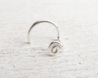 20 Gauge Nose Screw in Argentium Sterling Silver / Swirl Nose Stud / Hammered Spiral Nose Jewelry / Nose Corkscrew / Eco Nose Ring / 1309