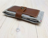iPhone X / 8 / 7 / 6 wallet case - leather and woolfelt closure cards case - ecofabric Dutch Design - minimalistic wallet free shipping