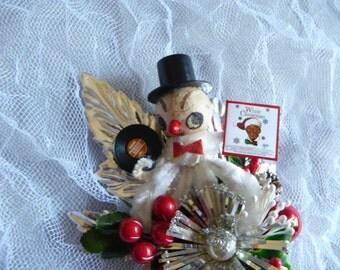 White Christmas Vintage Snowman Corsage Spun Cotton Mercury Glass Atomic Tinsel Decoration Red Gold Ornament