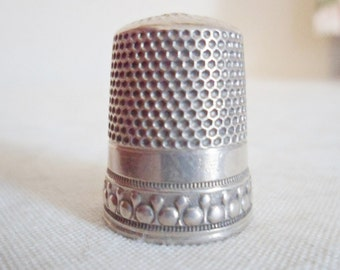 Antique Sterling Silver THIMBLE #10 Star logo