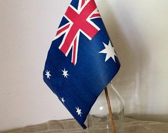 VINTAGE Australian flag.  Fantastic! My Vintage home.