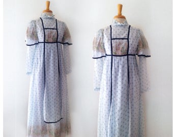 rare GUNNE SAX early 1970s pastoral scene pale blue floral chintz dress, size xsmall