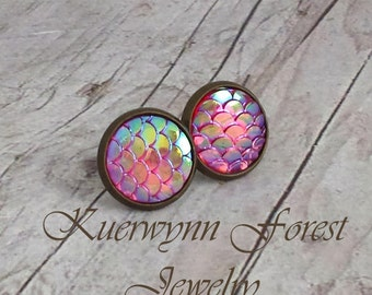 Mermaid scale earrings, Dragon Scale earrings, Pink Earrings, mermaid jewelry, mermaid tail, fantasy earring, iridescent, Dragon skin hide