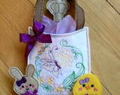 Felt Easter Gift Set, Machine embroidery gift bag, Finger Puppets, and Pencil Topper w Pencil, Easter Gifts, Kids