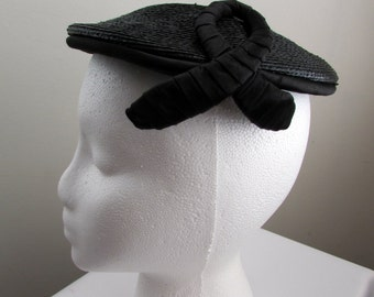 1950s vintage black straw pancake hat with hatpin