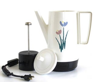West Bend Automatic Percolator 8 cup Coffee Maker 51628 Made in USA Pink Blue Flowers 1980s 1990s Kitchen Appliances