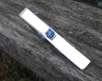Vintage Blue Stone Tie Clip. Wedding, Men's Christmas Gift, Dad.  Valentines, Anniversary, Groomsmen Gift. Tie Bar.