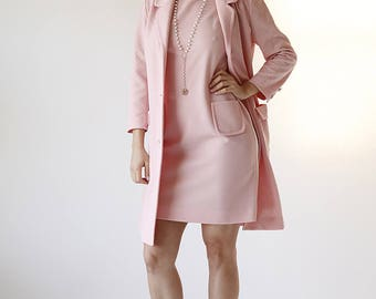 60s Mod Retro Pastel Pink Jackie Kennedy Dress with Jacket size small/medium - Hung