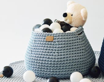 Crocheted laundry basket / knitted storage basket / handmade toy basket / storing basket / storage bin / nursery storage