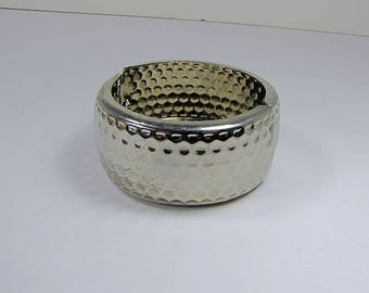 Vintage HAMMERED CUFF BRACELET Silver Style Jewelry