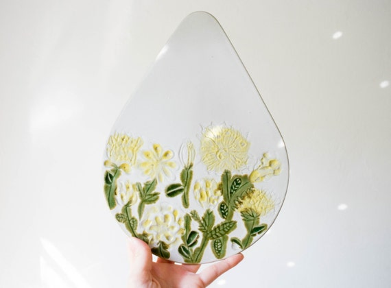 Mid Century Botanical Trivet Wall Plate Art // Bennington Pottery Vermont // Scandinavian Modern Kitchen