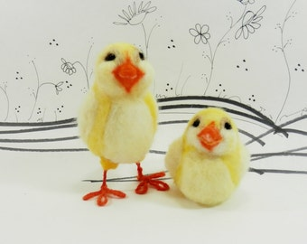 Needle felted yellow chick pair, yellow Easter chick, felted, standing and sitting spring chick, yellow and orange chick for spring