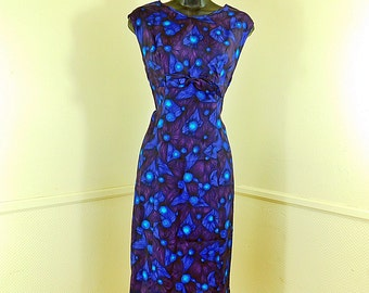 Vintage 50s/60s silk wiggle dress , beautiful blue and purple floral size medium/ large