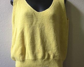 1980s sweater vest, yellow sweater cest, spring sweater, v-neck back, liz allen, medium sweater vest, womens sweater vest, vintage vest,