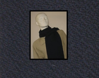 Navy handwoven cashmere scarf