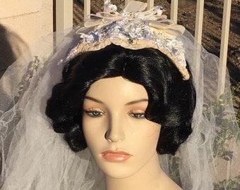 Vintage 50s Bridal Headpiece Veil Cap Hat Ivory White Flowered Pearl