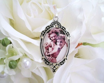 Bridal Bouquet Charm Custom Photo Charm Gift for Bride Gift Wedding Gift Memory Charm for Mother Grandmother Gift Pet Memory Sympathy Gift