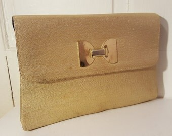 METALLIC GOLD CLUTCH // Vintage Metal Bow 50's Wedding Purse 60's Holiday