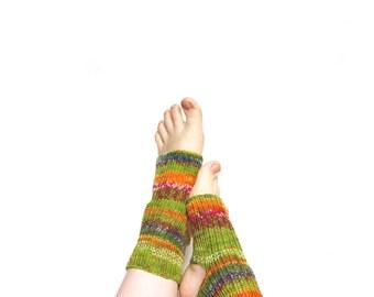 Green toeless socks for yoga and pilates, hand knit