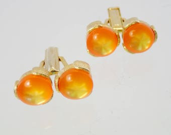 FREE Shipping Vintage Cufflinks Orange Moonglow Moon Glow Moonglo Goldtone Big Bold Chunky Drag Cuff Links Lucite plastic Cabs Thermoset