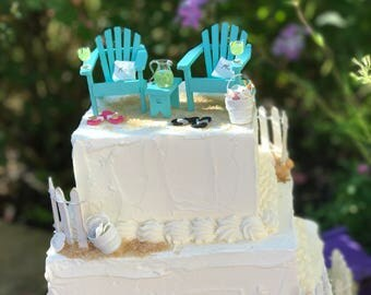 MARGARITAS on the BEACH - COMPLETE Beach Theme Wedding Cake Topper with Mr and Mrs Pillows - by Landscapes In Miniature