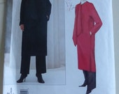 Vogue American Designer Pattern 2482 Donna Karan Coat Size Medium Factory Fold