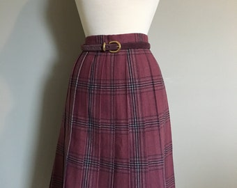 Vintage MAUVE PLAID PLEATED Wool Skirt/size Medium