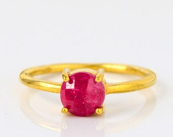 Ruby Ring, July Birthstone Ring, Gemstone Ring, Stacking Ring, Gold Ring, Round prong set ring, Ruby jewelry, Mothers day gift, Mothers ring