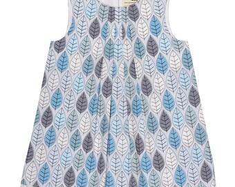 Winter Leaves Handmade 'Mini Me' Little Girls Pleated Front Beatrice Shift Dress
