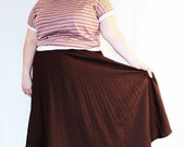 CLEARANCE - FINAL SALE - Plus Size - Vintage Brown Pleated Swing Full Skirt (Size L 12/14)