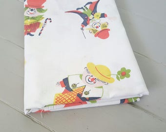 Vintage Sheeting Fabric Clowns