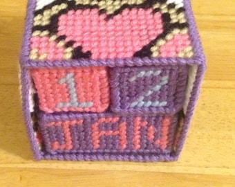 Heart Teddy Bear Block Calendar - Plastic Canvas - Perpetual Calender - Valentines Day - Kids Valentines Gift - Gift for Kids - Bear Decor
