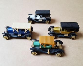 4 Vintage Miniature Retro Car's, Collection Car's, Classic Car's