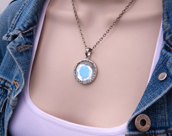 Vintage COOKIE LEE Genuine Crystal Pendant Necklace, Round Clear Crystal Pendant Silver Tone Chain Necklace, Retired Cookie Lee Jewelry