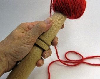 Sycamore: Handturned Nostepinne (Yarn Ball Winder) JY-053
