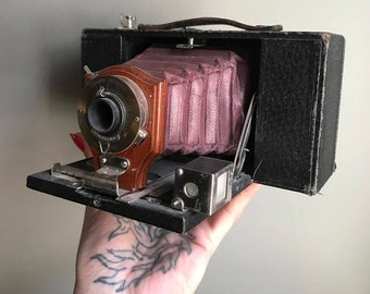 Antique Folding Kodak No. 2 Folding Brownie Camera Model 3A With Burgundy Bellows And Wood & Brass Lens