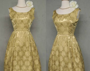 SALE Vintage 50s Dress / Dusty Gold Fit n Flare Silk Brocade Jacquard Crinoline Lined Bombshell Party Frock XS
