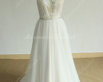 Open back Deep V neckline tulle lace wedding dress with champagne lining