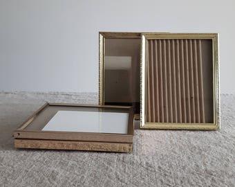 "4"" x 5"" brass / gold-tone metal picture frames // 10 x 13 cm rectangular photos, wedding reception tables, shower decor, bulk event supplies"