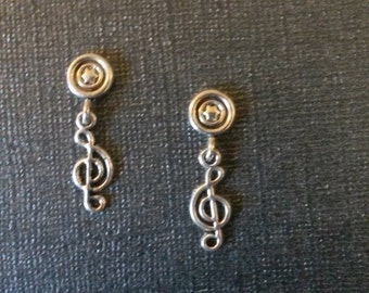 Cute Magnetic Musical Note Earrings
