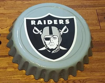 """Oakland Los Angeles Raiders NFL Football Giant 16"""" Bottle Cap Wall Hanging"""