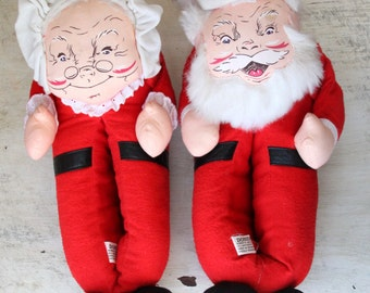 Dondi Santa and Mrs. Claus Slippers, Medium, House Shoes, Christmas Slippers, Red Slippers, Vintage Christmas Decor, Bedroom Decor WTH-1272