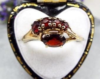 Vintage 1982 / 9ct Yellow Gold & Red Garnet Gemstone All Seeing Eye Ring Size N
