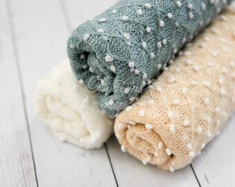 Newborn Pebble Wrap, Newborn Photo Prop, Baby Knit Wrap, Popcorn Wrap, Textured Newborn Wrap Ready to ship Off White Aqua Blue Cream