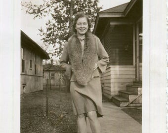 Vintage Photo..Your Knees Are Showing, 1940's Original Found Photo, Vernacular Photography