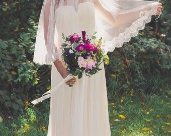 lace veil, lace wedding veil, lace bridal veil, lace drop veil, french lace veil, chantilly lace veil, fingertip lace veil - ESTELLE