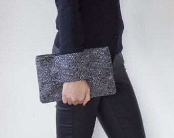 Wrist wallet black and white, casual clutch, whool fabric, everyday purse, handbag, gift for her, pouch bag, unique, present,