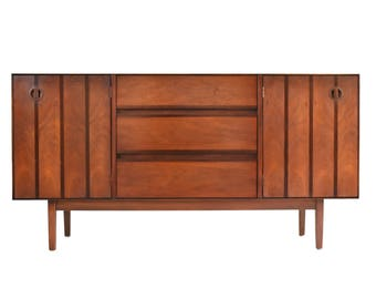 Mid Century Credenza Media Console by Stanley Distinctive - Danish Modern Walnut & Rosewood Sideboard/Buffet