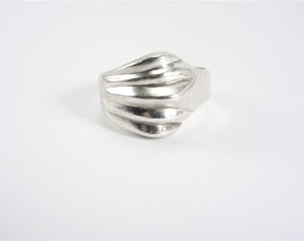 Vintage Mexican Solid Sterling Ring Wide Band Size 8